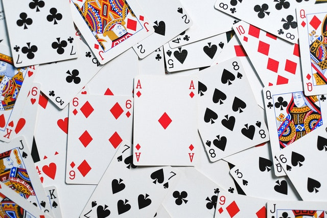 Willing To Win In Poker Games? Know The Top Secrets Of Professional Poker Players!