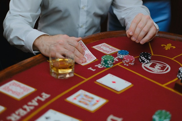 Why Do People Opt for Playing Baccarat Online? – Some Major Reasons