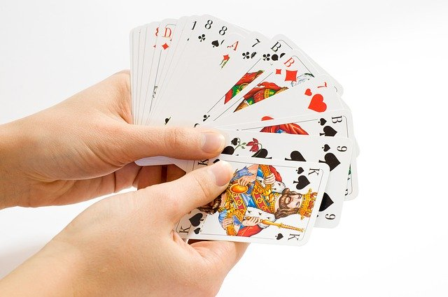 Online Gambling: Four Essential Things You Need to Know