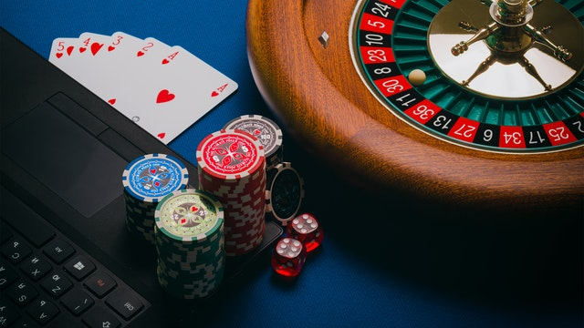 The Top 4 Benefits of a Reliable Online Casino Website